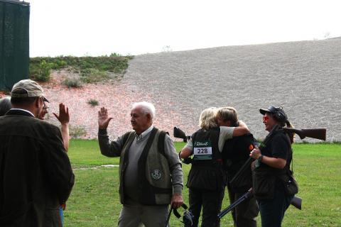 High Five bei den Niedersachsen: Gratulation an Carmen Wilshusen