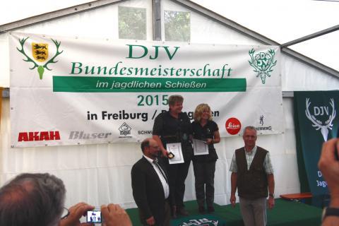 Die Siegerinnen der Büchsenwertung (1. Carmen Wilshusen, 2. Birgit Lemcke, 3. Hannelore Borgstede - nicht anwesend)