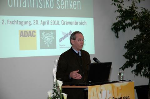 ADAC-Präsident Peter Meyer über die vielen Aspekte der Wildunfallprävention